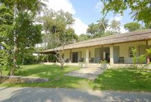 Ivory House - Simple and Relaxing Villa - 29