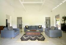 Ivory House - Simple and Relaxing Villa - 11