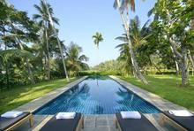 Ivory House - Simple and Relaxing Villa - 1