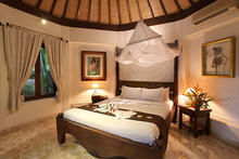Villa Lalu Three Bedrooms - Three bedrooms Balinese Villa - 12
